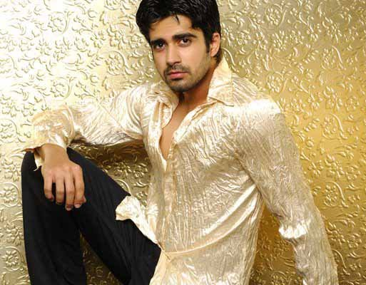 Sexy Avinash Sachdev