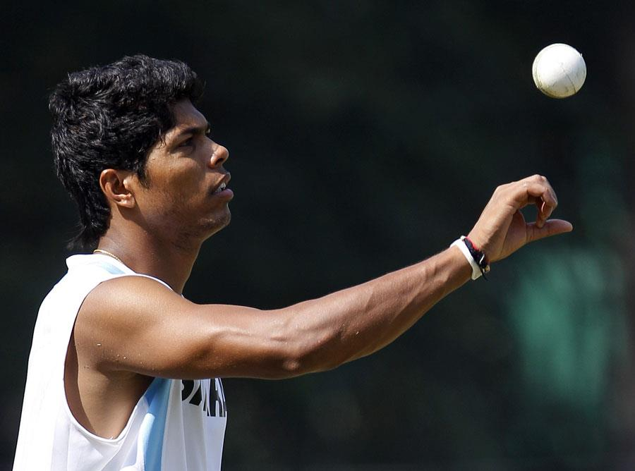 Umesh Yadav practices ahead of the rd ODI in Mohali. - Team Umesh