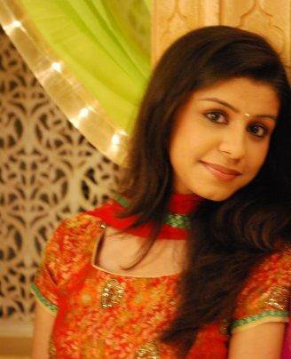 Smiling In Red Salwar Suit