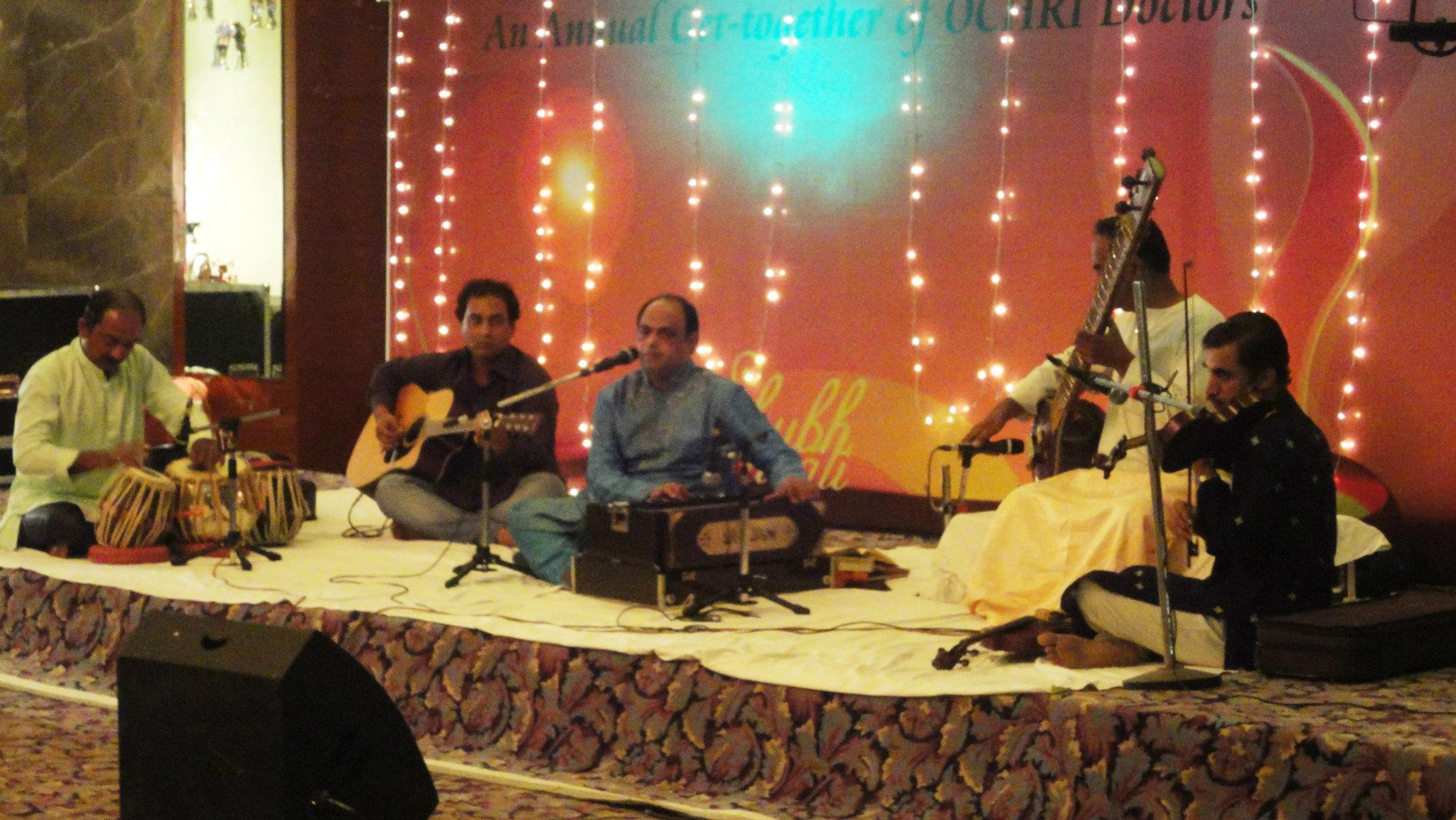 Shishir Parkhie and his team performing