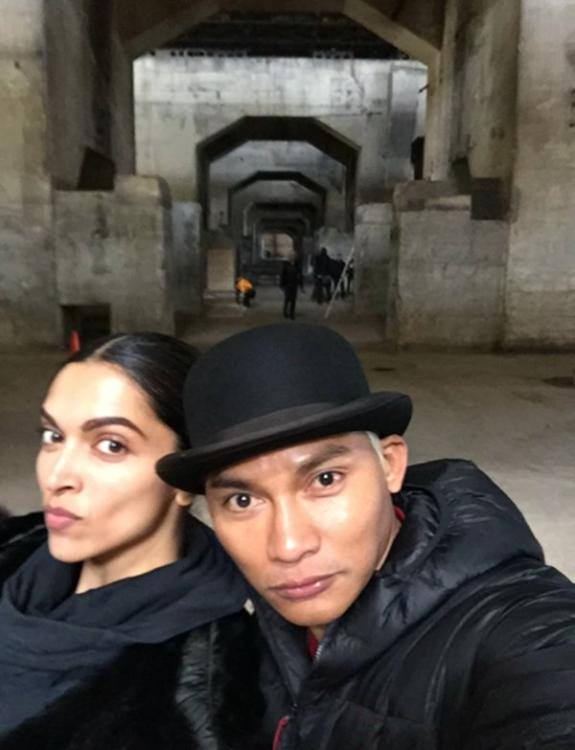 Deepika selfie with Tony Jaa On the Sets of xXx
