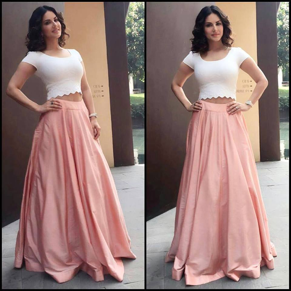 Sunny Leone Looks Stunning for One Night Stand Promos
