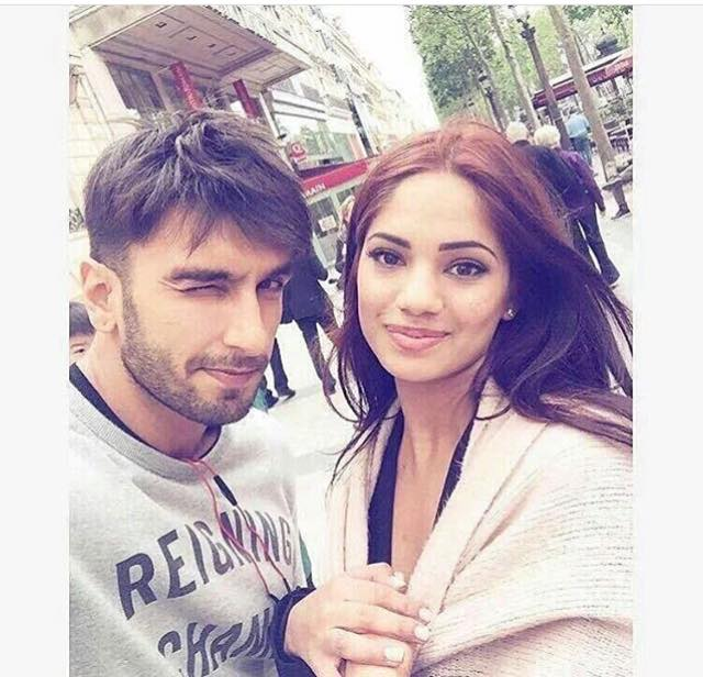 Ranveer singh clicked a selfie with a beautiful fan in Paris as he is shooting for Befikre
