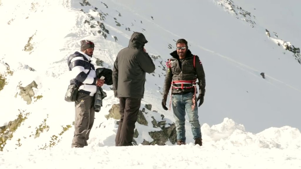 Ajay Devgans Pic on the set of Shivaay
