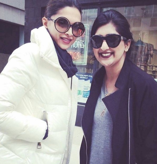 xXx: Deepika padukone was recently spotted with a fan in Toronto