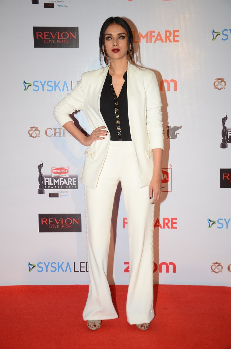 61st Britannia Filmfare Pre Awards 2016 Party