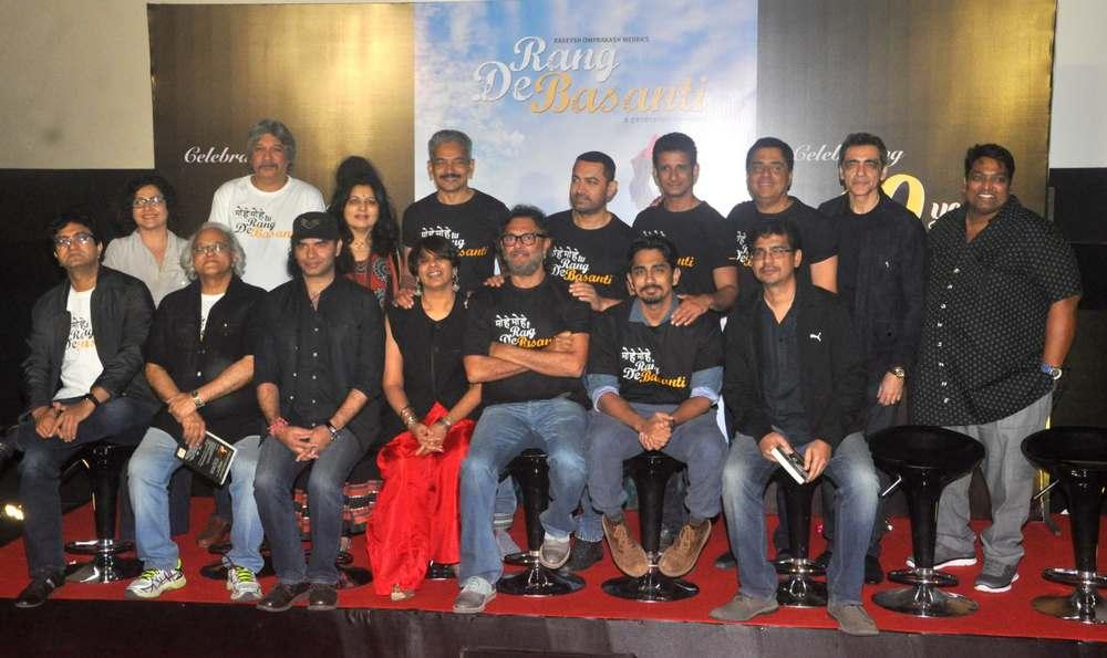 Special Screening of Rang De Basanti-34
