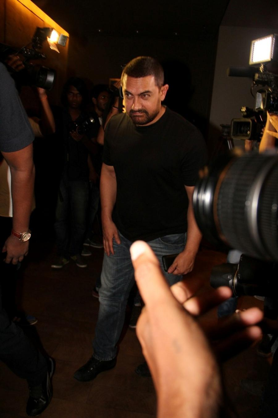 Aamir Khan Special Screening Of Film Tanu Weds Manu Returns-14