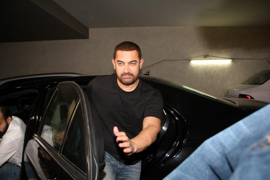 Aamir Khan Special Screening Of Film Tanu Weds Manu Returns-16