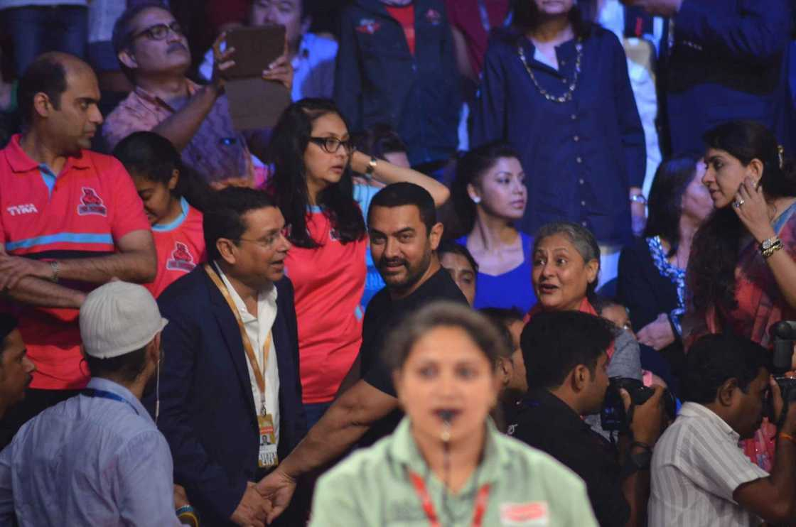 Abhishek Bachchan & Aishwarya at The Opening Ceremony of Pro Kabaddi League 2015