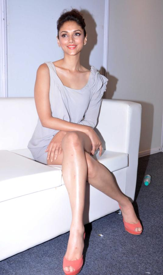 Aditi Rao Hydari Launch Vivel Cell Renew - 14