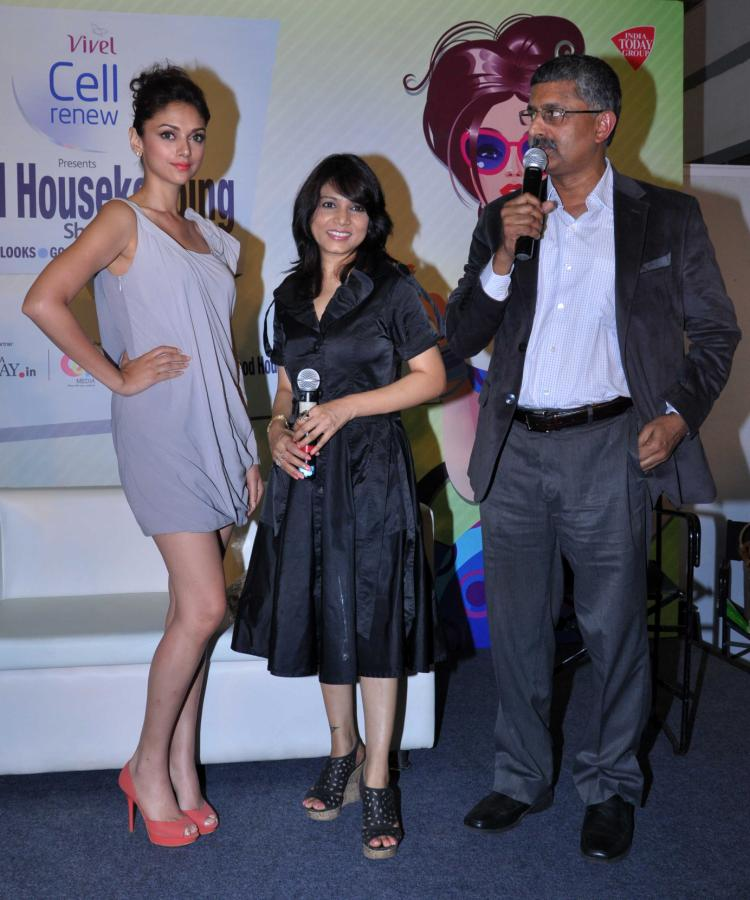 Aditi Rao Hydari Launch Vivel Cell Renew - 03