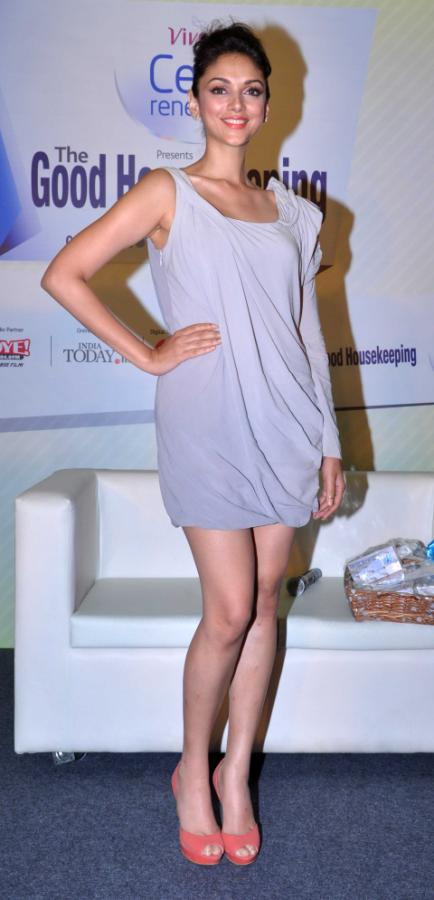 Aditi Rao Hydari Launch Vivel Cell Renew - 04