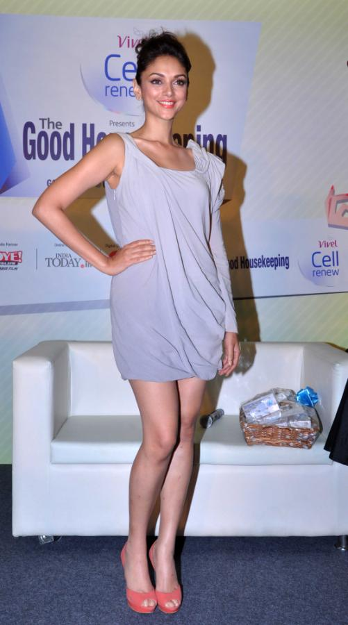 Aditi Rao Hydari Launch Vivel Cell Renew - 05