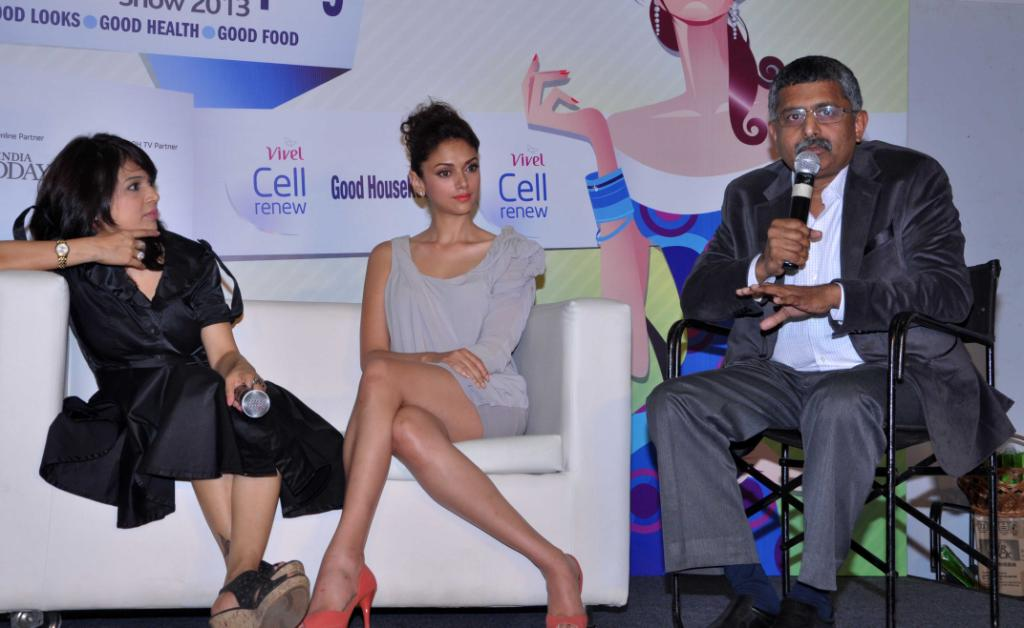 Aditi Rao Hydari Launch Vivel Cell Renew - 01