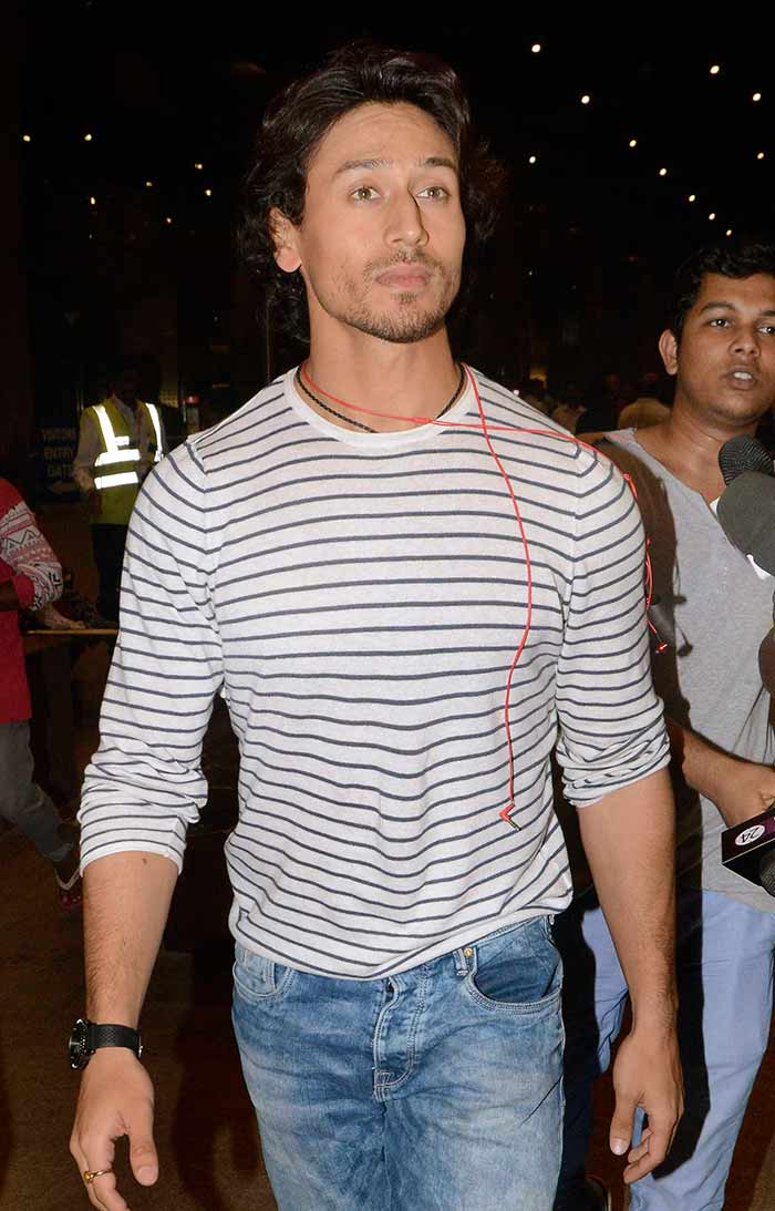 Airport Spotting! Baaghi Stars Tiger and Shraddhas Airport Style