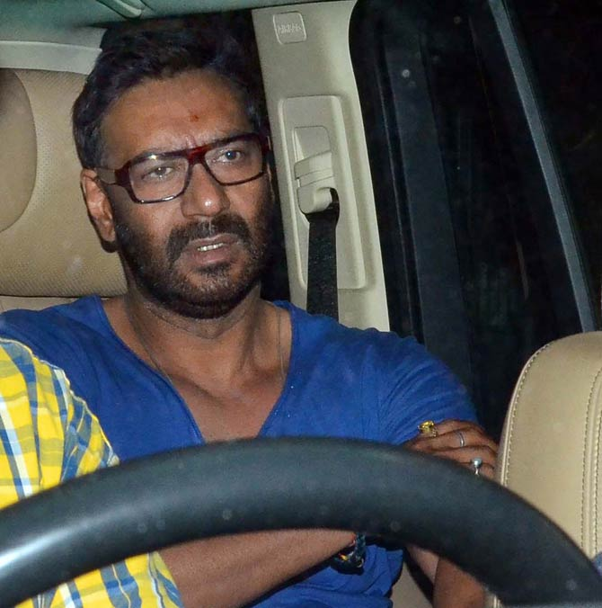 Ajay Devgn and Kajol Recently snapped at Juhu