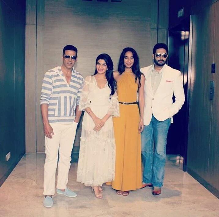 Akshay Kumar Promoted Housefull 3 Movie