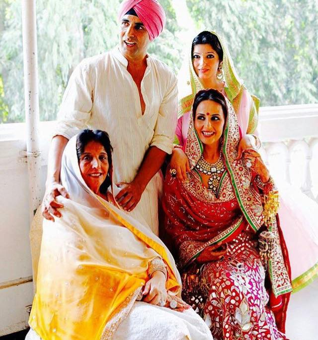 Akshay Kumar Shares a Picture for International Womens Day