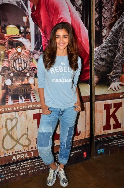 Alia Bhatt & Parineeti Chopra attended a special screening of R Balkis Ki And Ka
