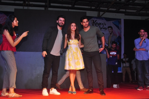 Alia, Siddharth & Fawad Promotion of film Kapoor and Sons at Mithibai College in Mumbai