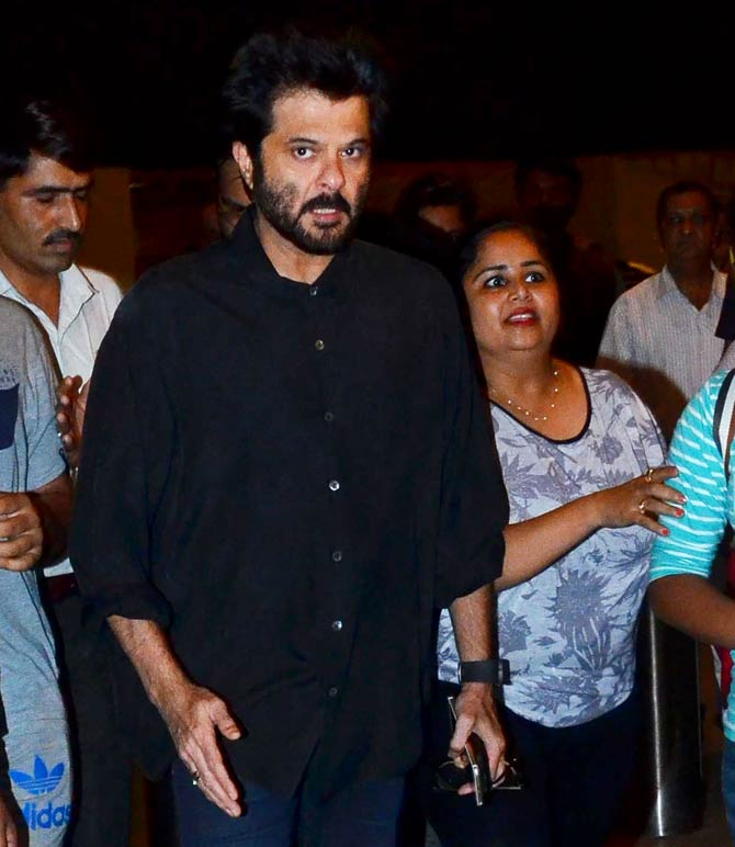 Anil Kapoor, Farhan Akhtar, Dia Mirza and other celebs Spotted at Mumbai Airport