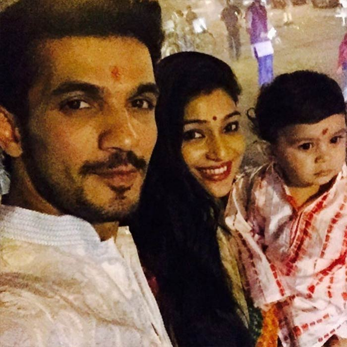 Arjun Bijlani Cute Pictures with His Son Ayaan