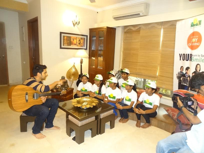 Armaan Malik spends time with Smile Foundation kids
