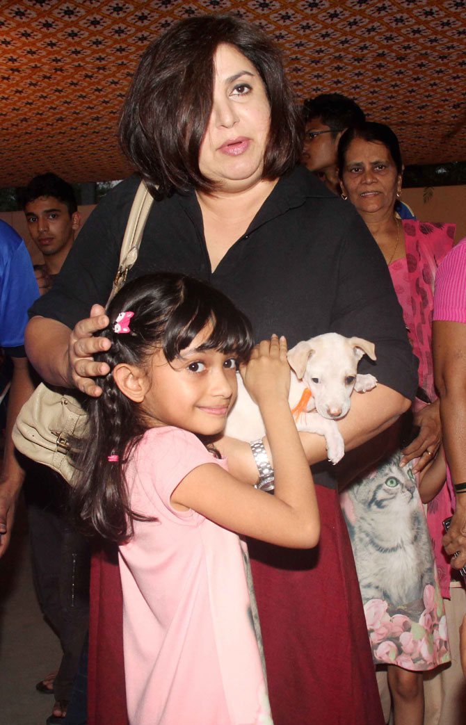 Athiya, Sooraj, Farah and Soha Attended the Adopt-a-thon 2015