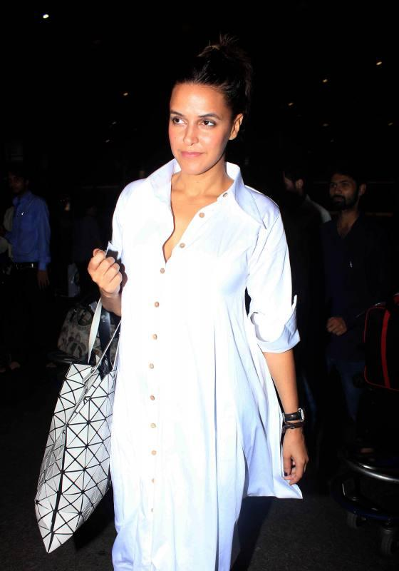 B-town Celebs Spotted at The Airport