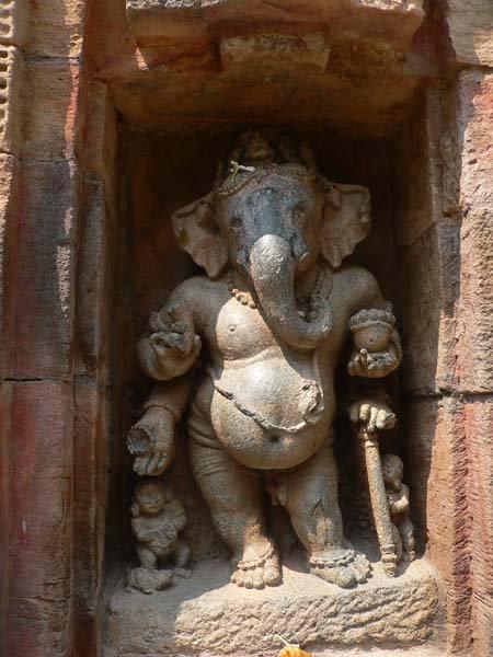Barahi Temple near Konark :: Ganesha