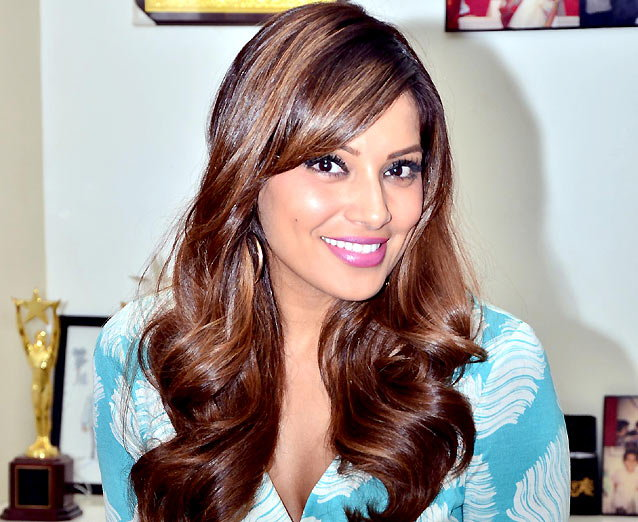 Bipasha & Karan Promoted Alone Movie Photos
