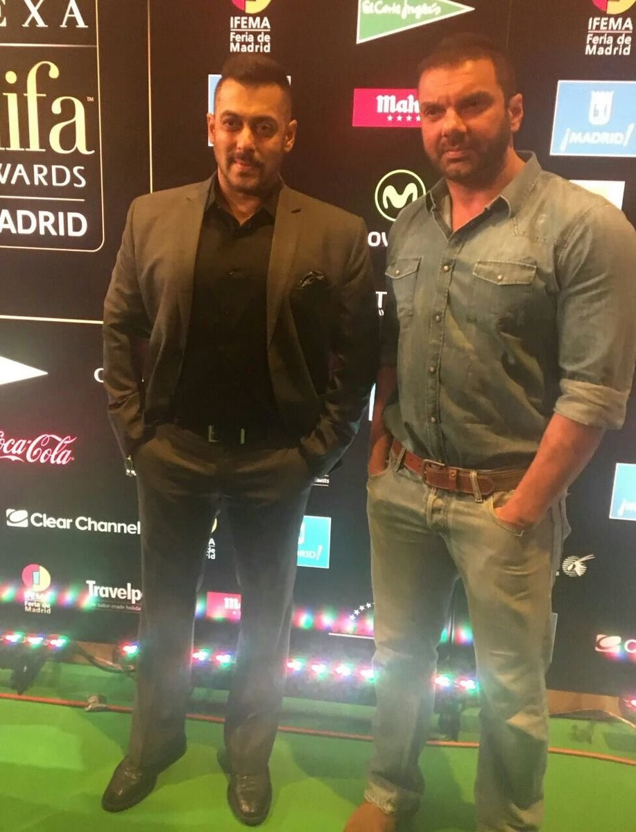 Bollywood Celebrities at IIFA Rocks 2016