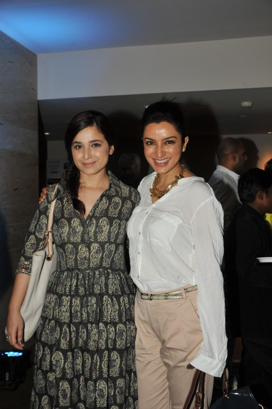 Tisca Chopra With Simone Singh - Lakme Fashion Week 2012 Day 5 Photo