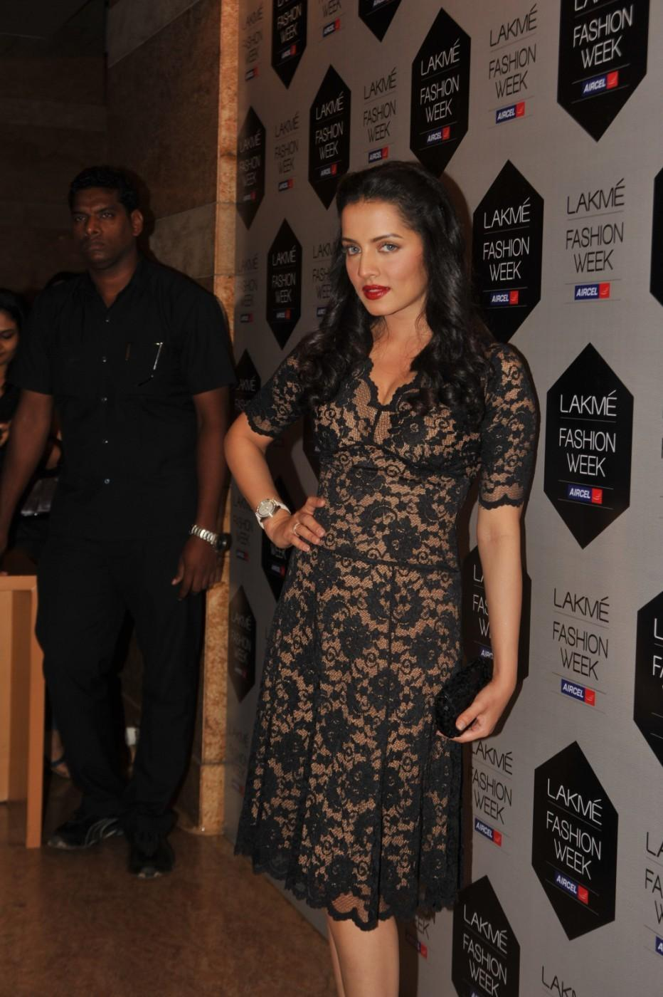 Celina Jaitley - Lakme Fashion Week 2012 Day 5 Photo