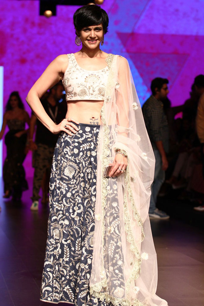 Bollywood Celebs at Lakme Fashion Week 2016