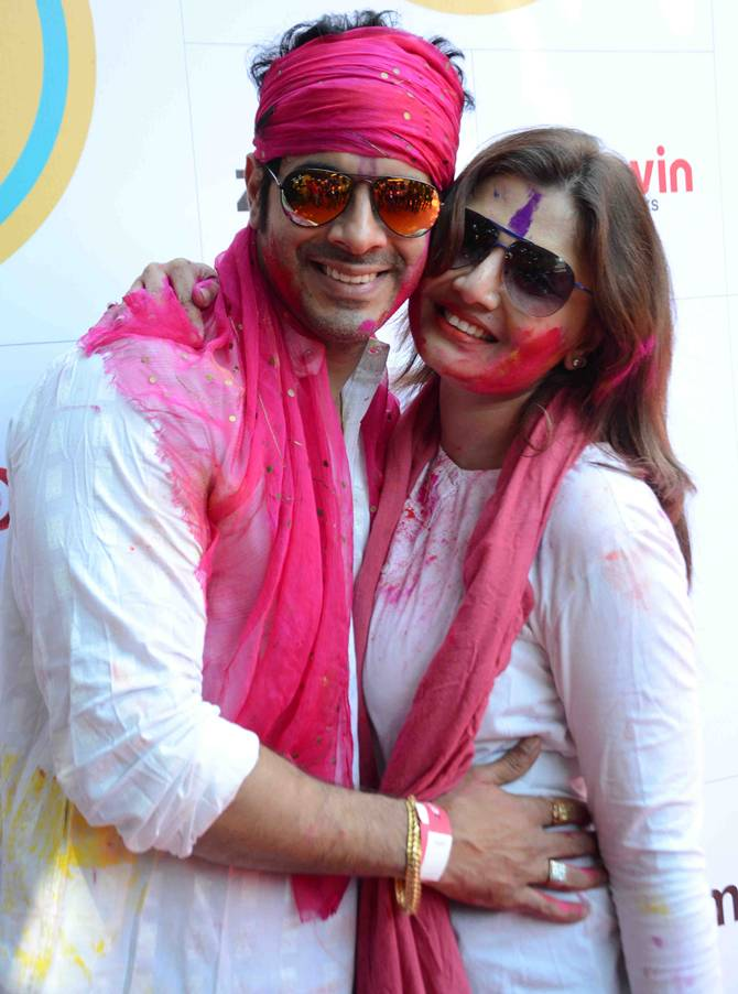 Bollywood Stars Celebrated The Colours Festival in Mumbai