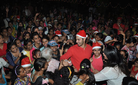 Bollywood Stars Celebrating Christmas-31