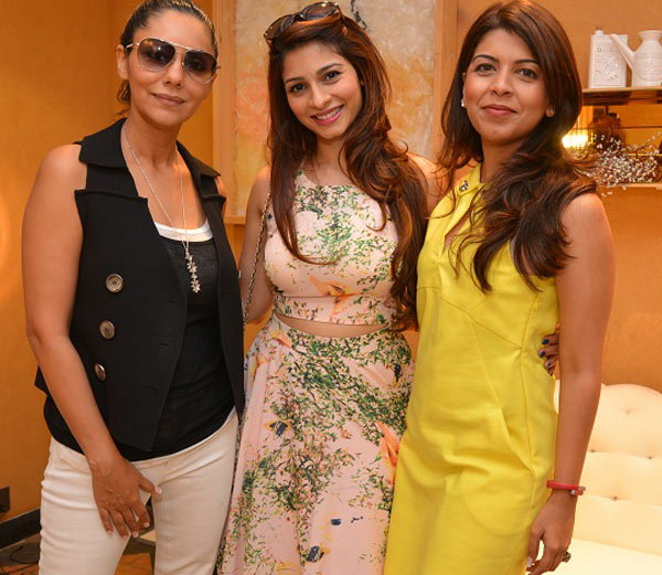 Bollywood Stars At Gauri Khan Tea Party