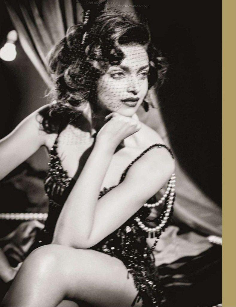 Deepika Padukone Photoshoot For GQ Magazine India October 2012 - 01