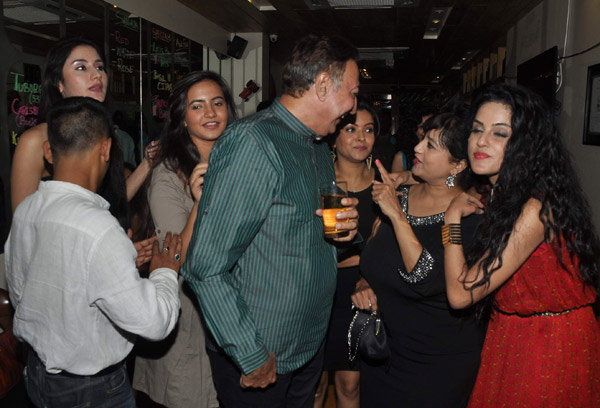 Dilli Wali Thakur Girls Party Photos