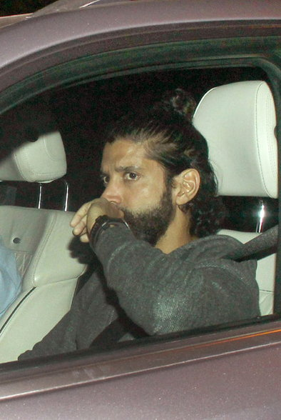 Dilwale : Bollywood Celebs Attend King Khans Bash at Mannat