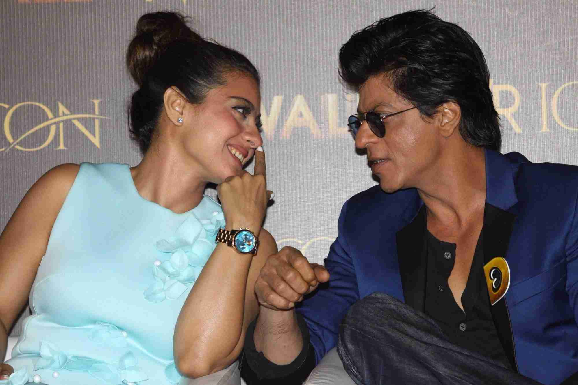 Dilwale : King Khan, Kajol, Varun, Kriti at Manma Emotion Jaage Song Launch Event