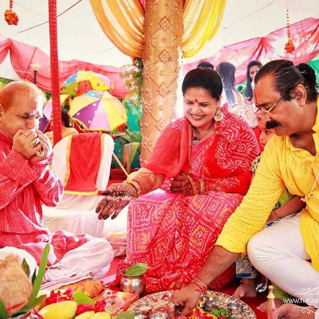 divyanka-tripathis-parents