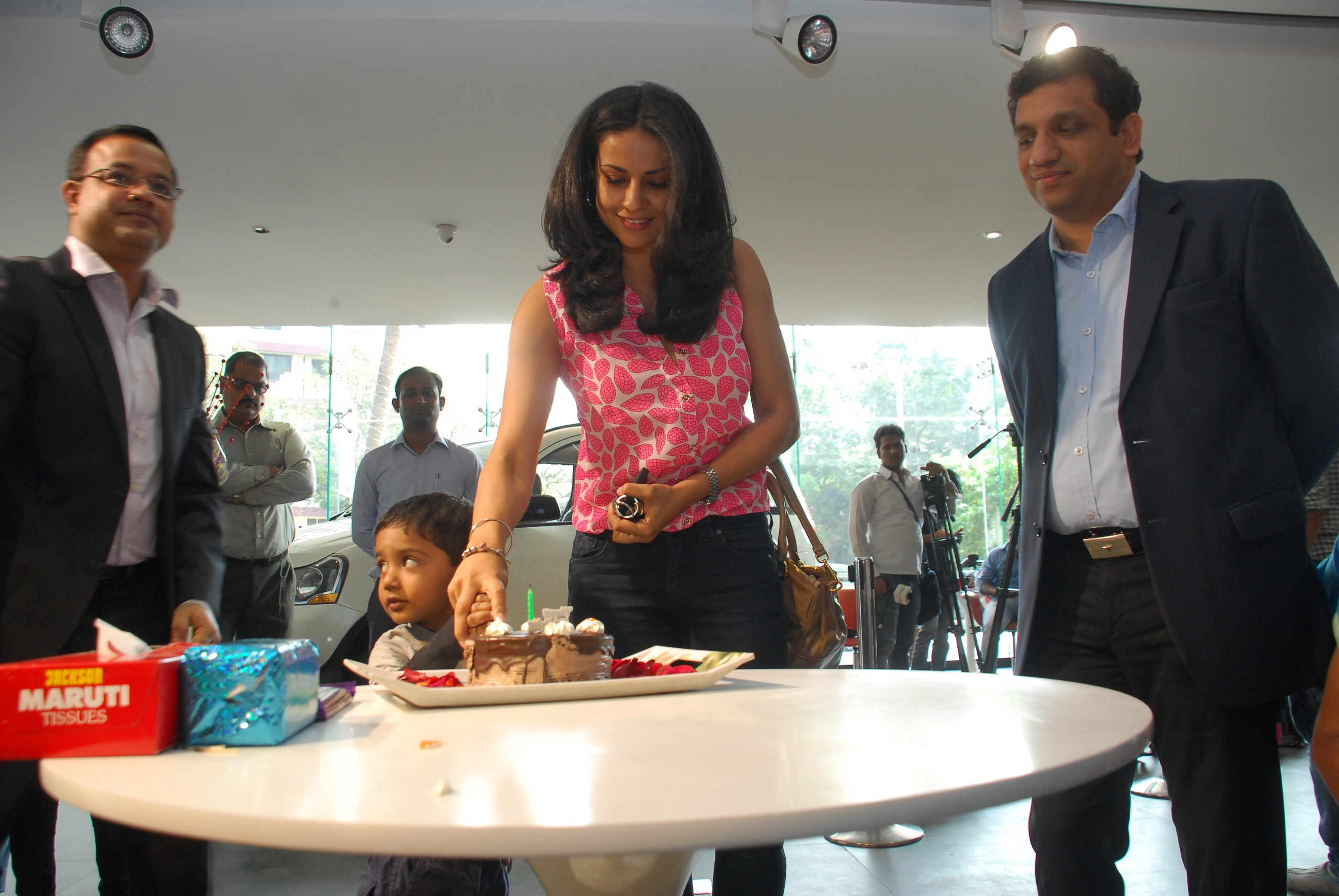 Gul Panag Launch of Mahindra Reva e20 an Electric Vehicle in Mumbai