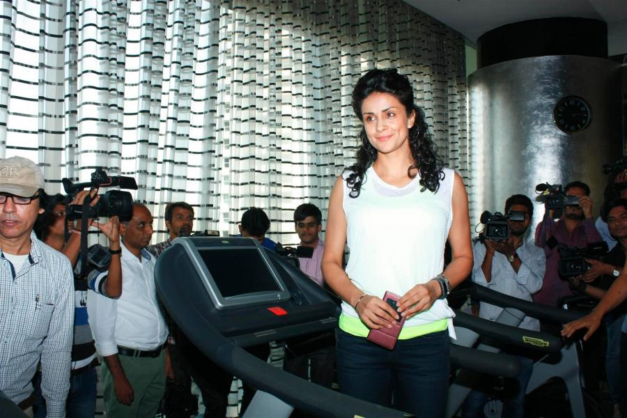 Gul Panag Launches Mobile App Mobie Fit in Mumbai