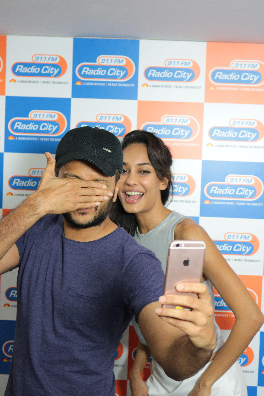 Ritesh Deshmukh & Lisa Haydon