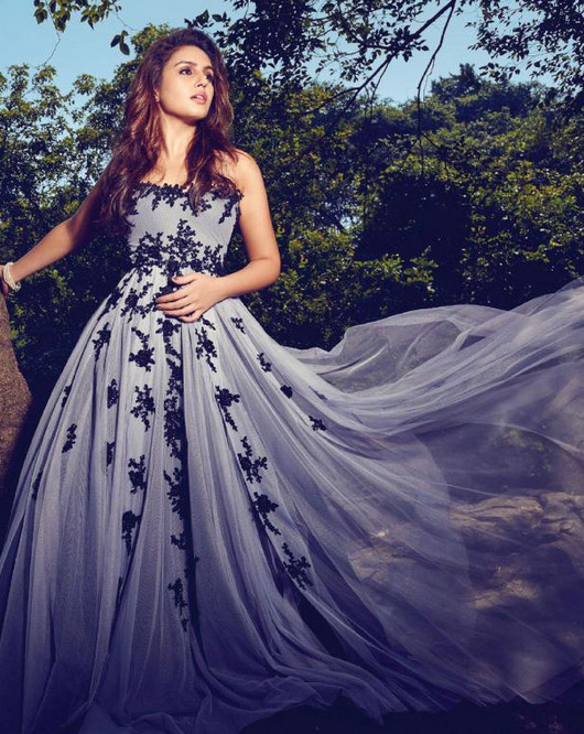 Huma Qureshi Hot Wild PhotoShoot for Filmfare April 2015
