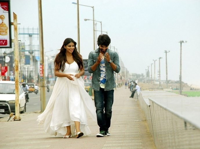 Iddaram Tollywood Movie Release Posters