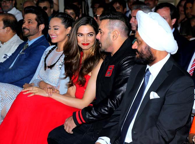 Anil Kapoor, Sonakshi Sinha, Deepika Padukone & Salman Khan